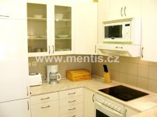 Nice, comfortable, fully furnished 2-bedroom apartment, 92m2, with 2 bathrooms in Prague 2, Vinohrady, Belgická street