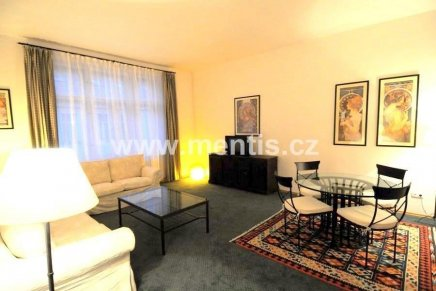 Rent of fully furnished, 1-bedroom apartment in Prague 2, Karlovo Náměstí