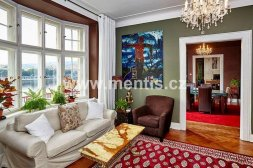 Beautiful, luxury 3-bedroom apartment with a balcony in the prestigious location of Prague 2 - New Town